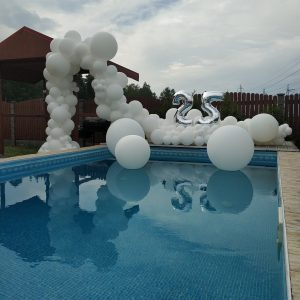 Large organic balloon piece to frame pool