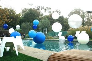 pool-balloons-big-balloons-in-pool-pool-ball-balloons
