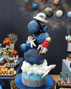 Awesome Space cake ideas